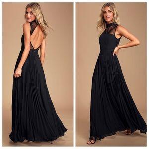 Lulu's Ashleigh Black Lace  Pleated Maxi Dress
